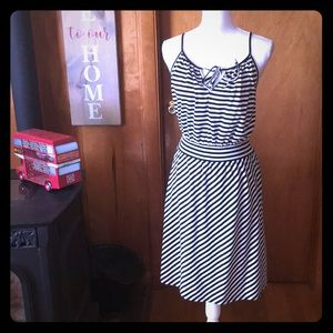 NWT XL Elle Knit  Black And White Striped Dress